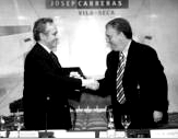 Image: Jos� Carreras and the Mayor of Vila-seca, Josep Poblet.